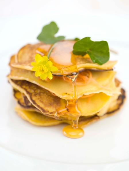 8 pannekaker med honning