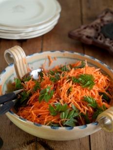 hanefot og gulrotsalat foto thor brødreskift